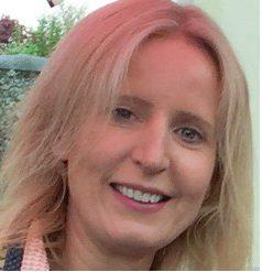Dr Anna Curley
